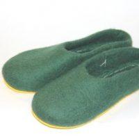 мужские тапочки зеленые