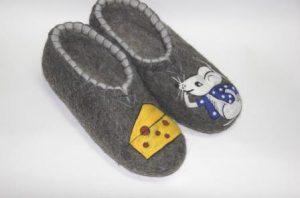мужские валяные тапочки мышка и сыр 2